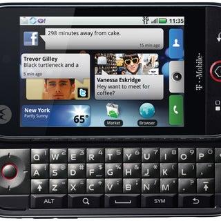 Motorola CLIQ_FrontOpen-thumb-550x424-24368.jpg