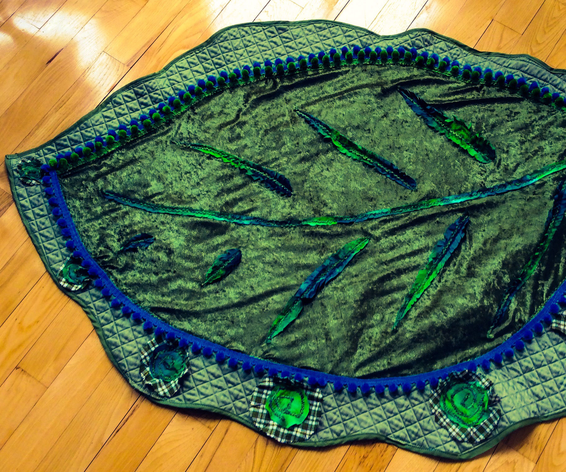 Quick And Easy Giant Leaf Baby Blanket 5 Steps With Pictures Instructables