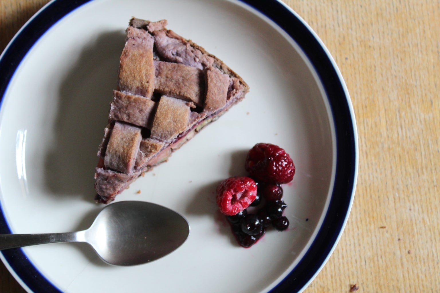 Colorant-free and Vegan Purple Pie