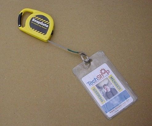 Retractable Badge Holder / Measuring Tape