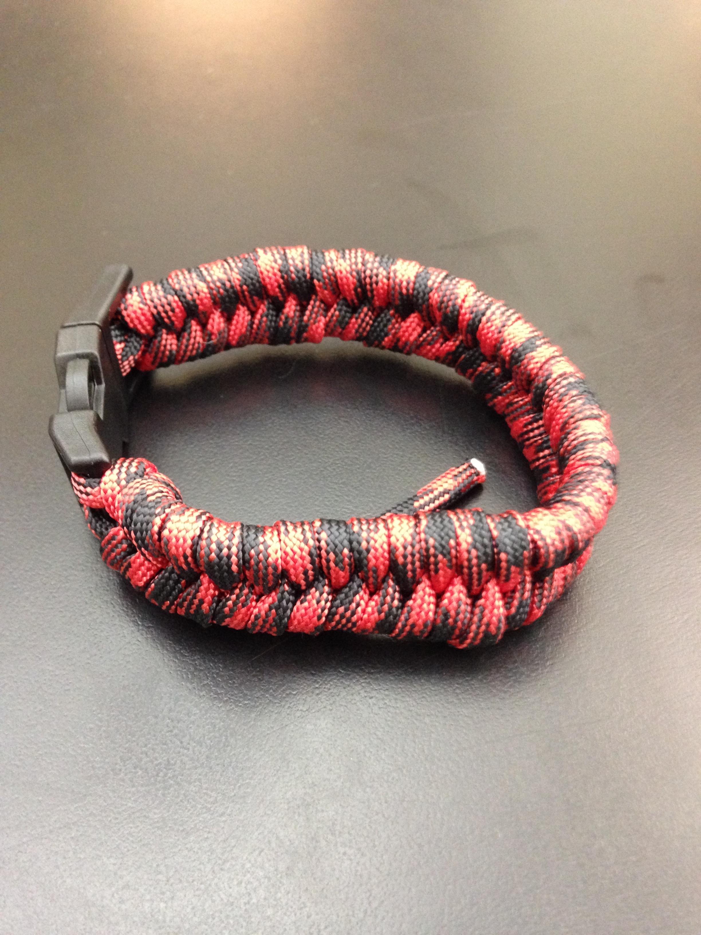 Making a Fishbone/Fishtail Paracord Bracelet