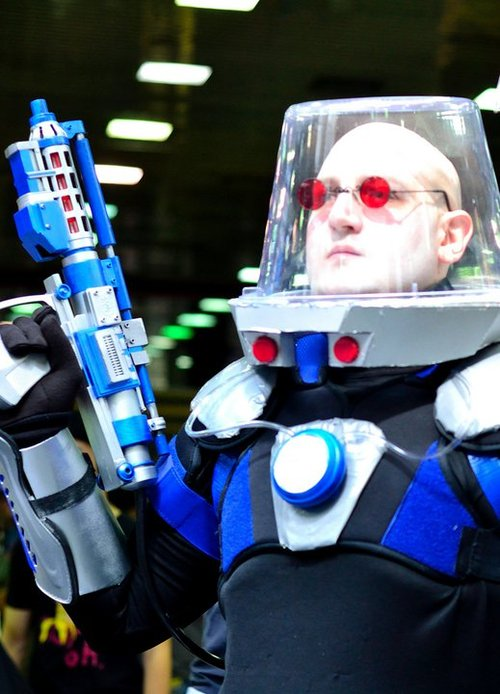 "How to make a Batman's ""Mr. Freeze"" Costume"