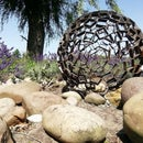 Steel Sphere Which Is Easy to Make With the Help of Some Cement