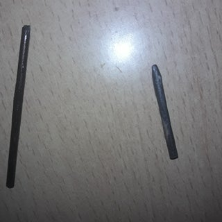 An Easy Way to Extract Lead From a Pencil