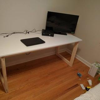 Desk / Worktable