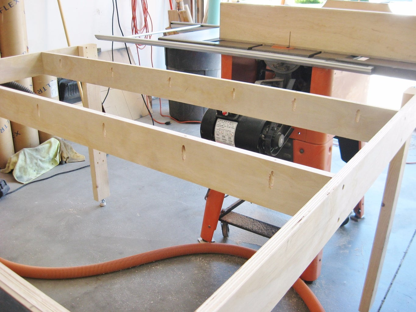 Build Support Frame for Table Top