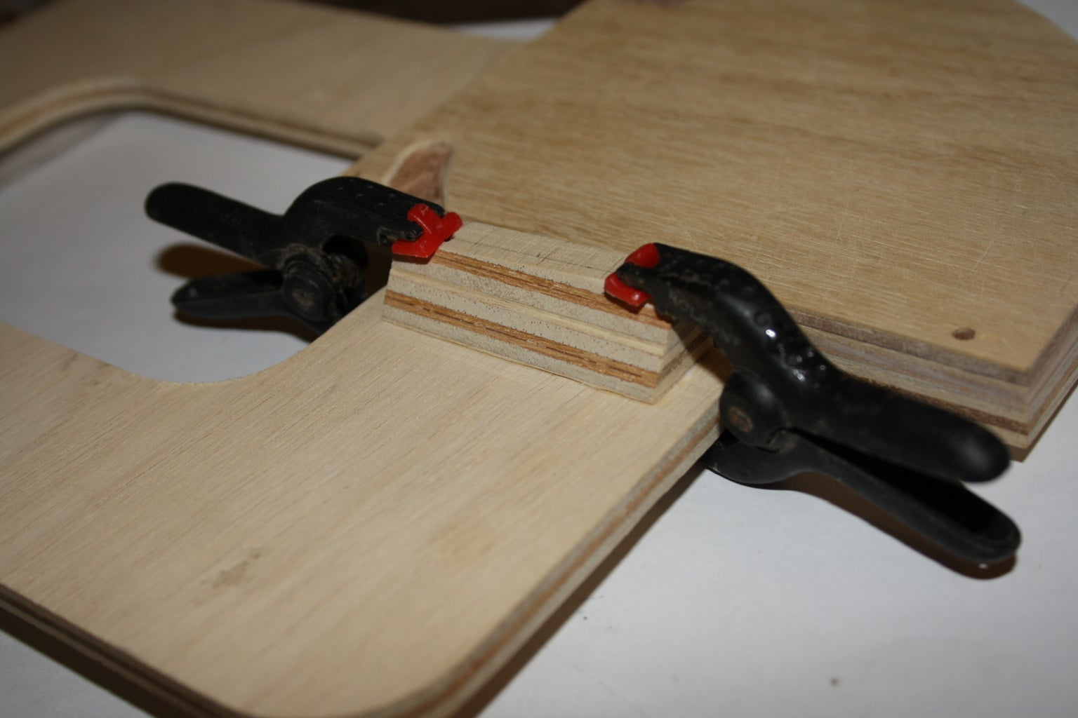 Attaching the Fixed Blade to the C-Shape Support.