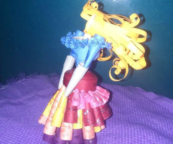 Paper Quilled Doll