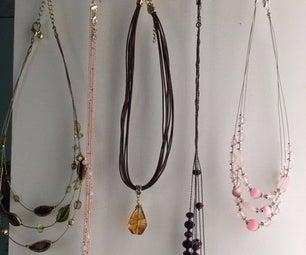 3 Minute Jewelry Hanger