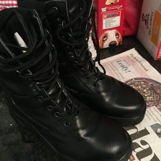 How to Polish Black Cadet Boots