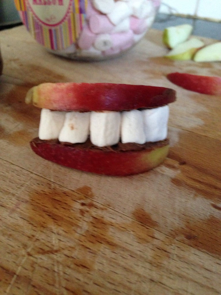 Scary Dentures : Halloween Treat