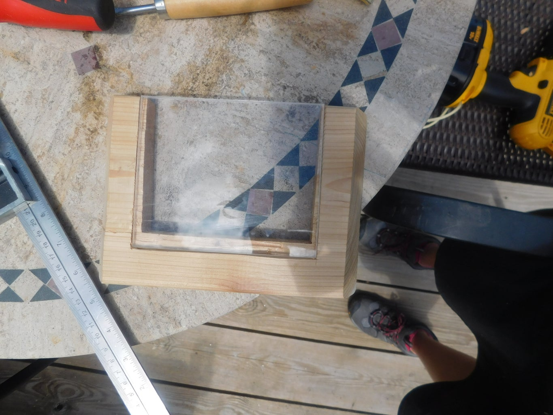 Insert Window Into Side Panel