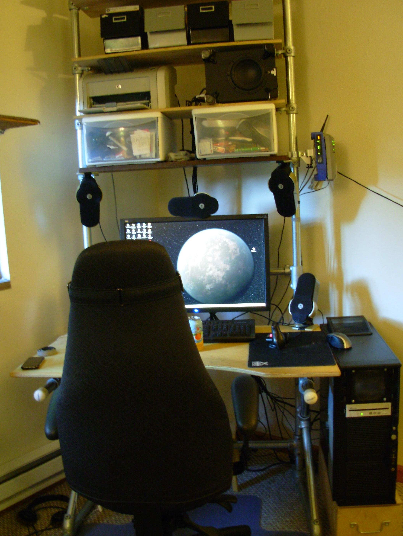 Kee Klamp Desk