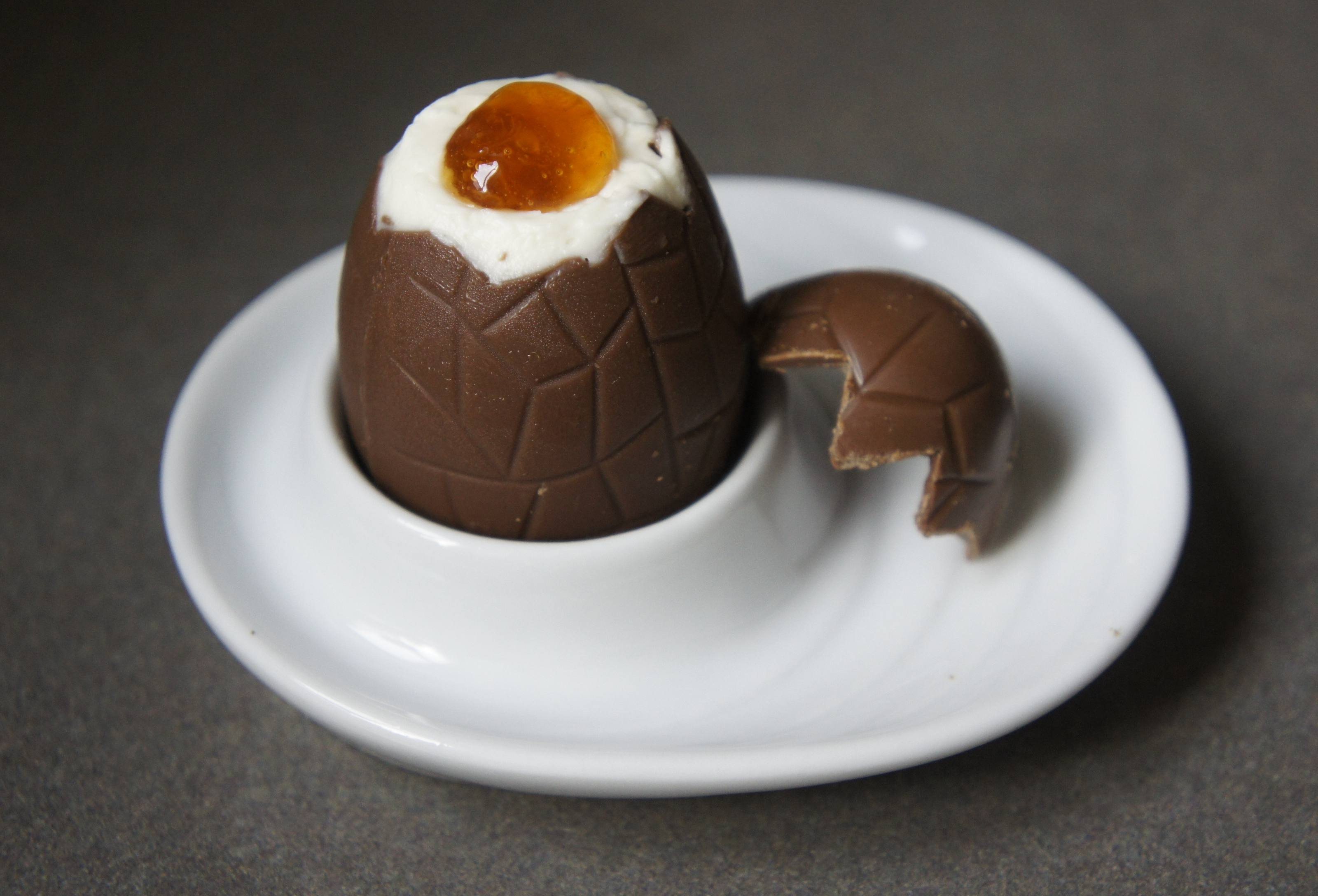Cheesecake Easter Eggs