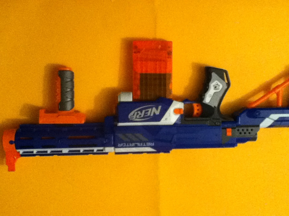 Nerf Retaliator conversion into assault rifle (also works for Recon)