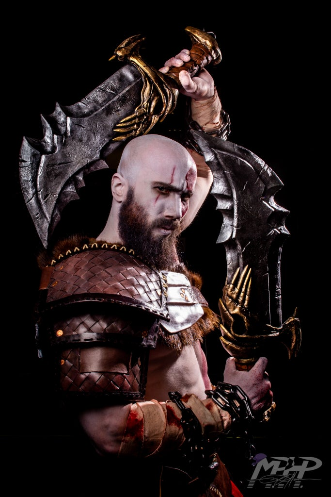 God of War Foam Cosplay Blades of Chaos - SKS Props
