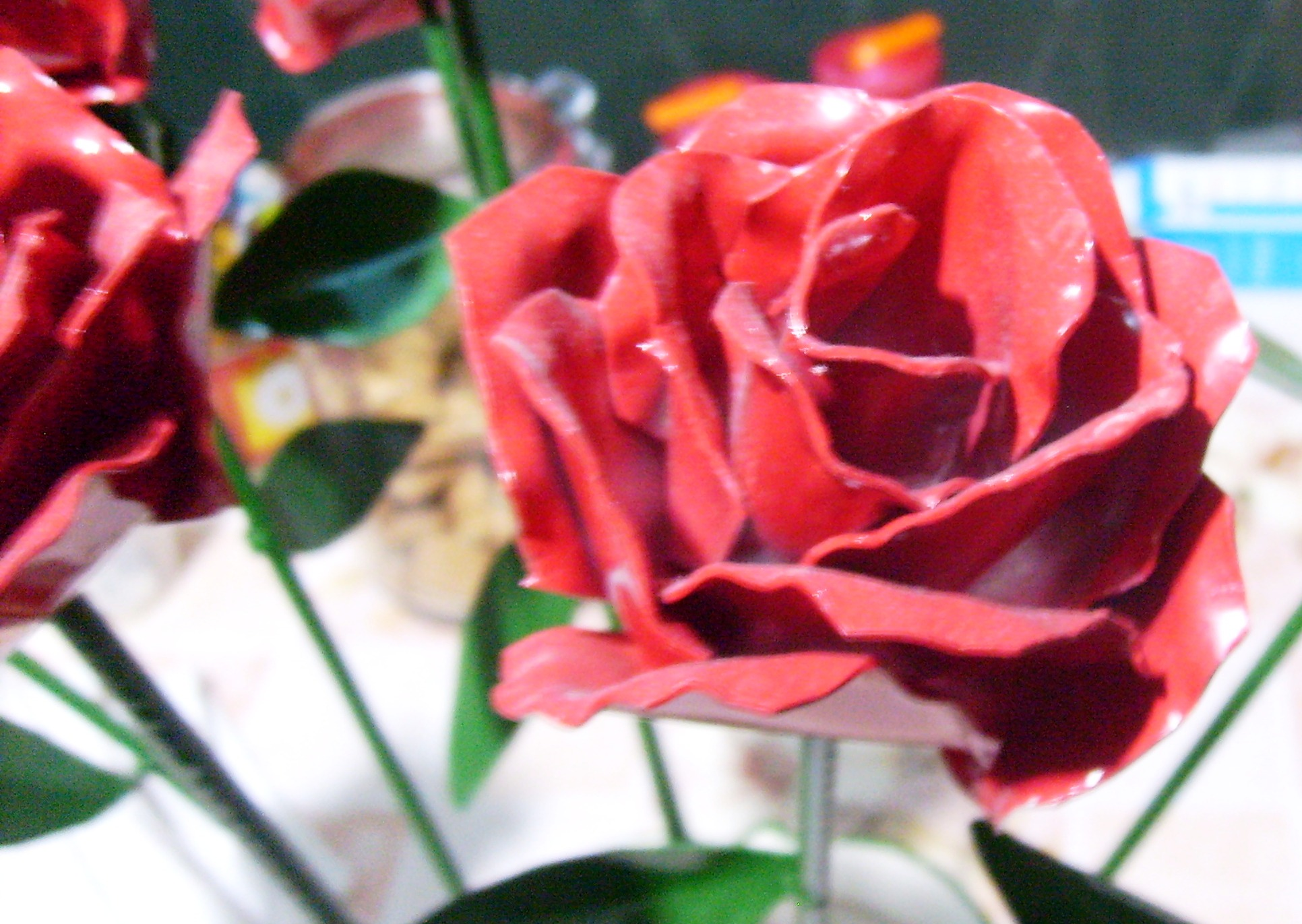 Make yourself an aluminum rose!