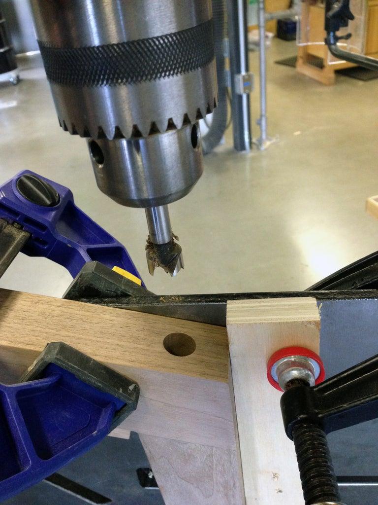 Assembling the First Leg Joint