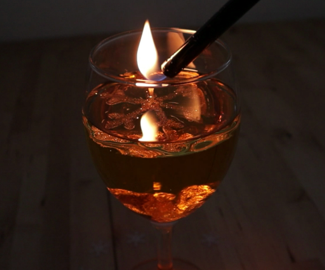 Picture of: Diy The Floating Snowflake Light Oil Lamp 3 Steps Instructables