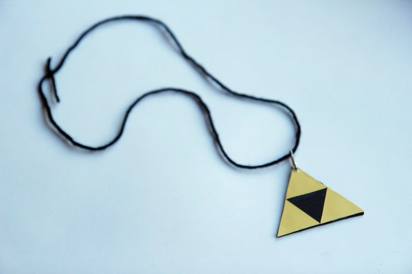 How to Make a Triforce Legend of Zelda Necklace