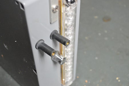External Lugs (For Charging)