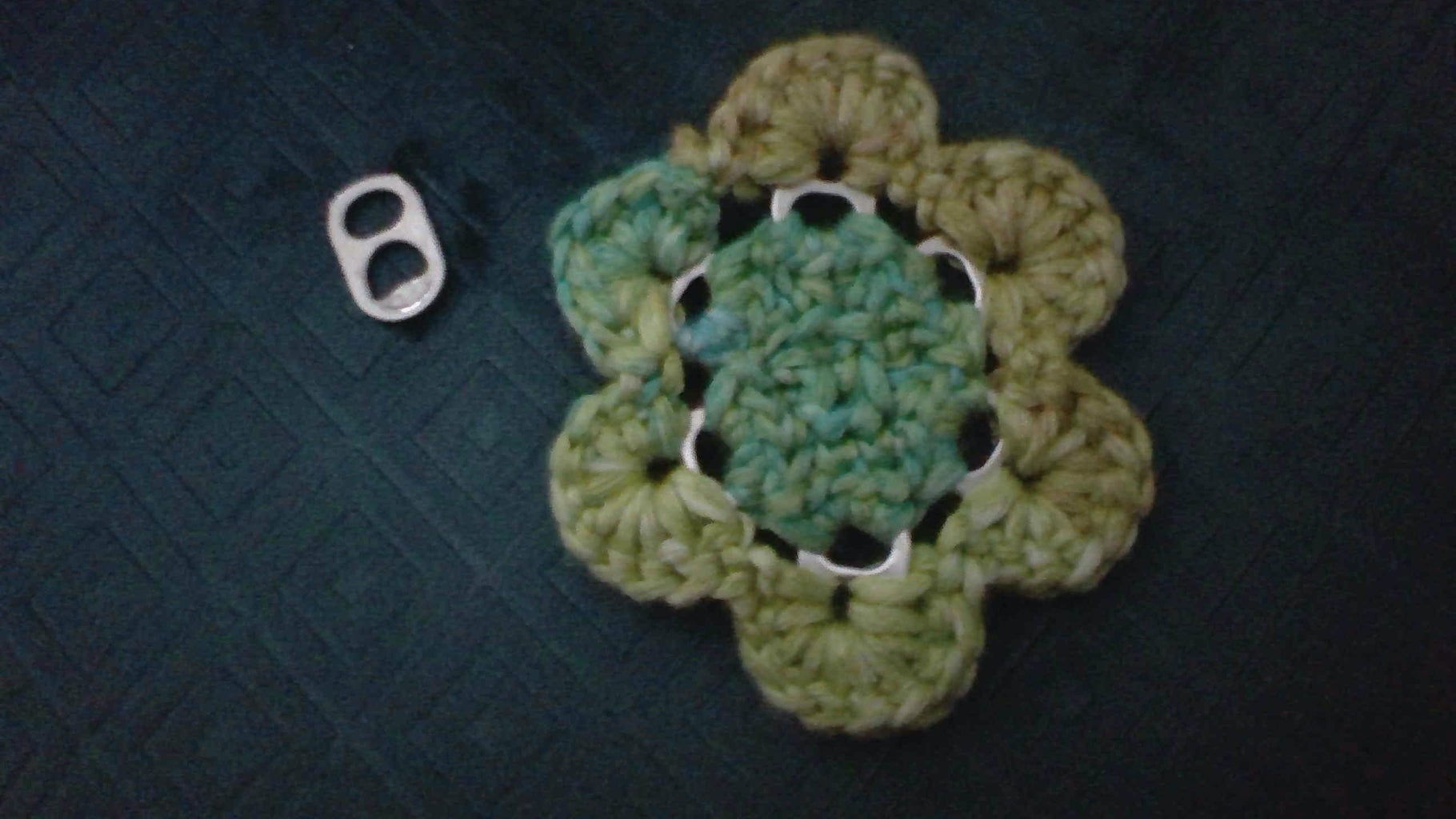 How to Crochet a Pull-ring Flower for Beginners!