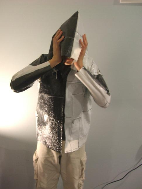 The plastic bag hoodie: How to fuse plastic bags and sew them into a hoodie