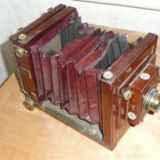 VintageCamera.jpeg