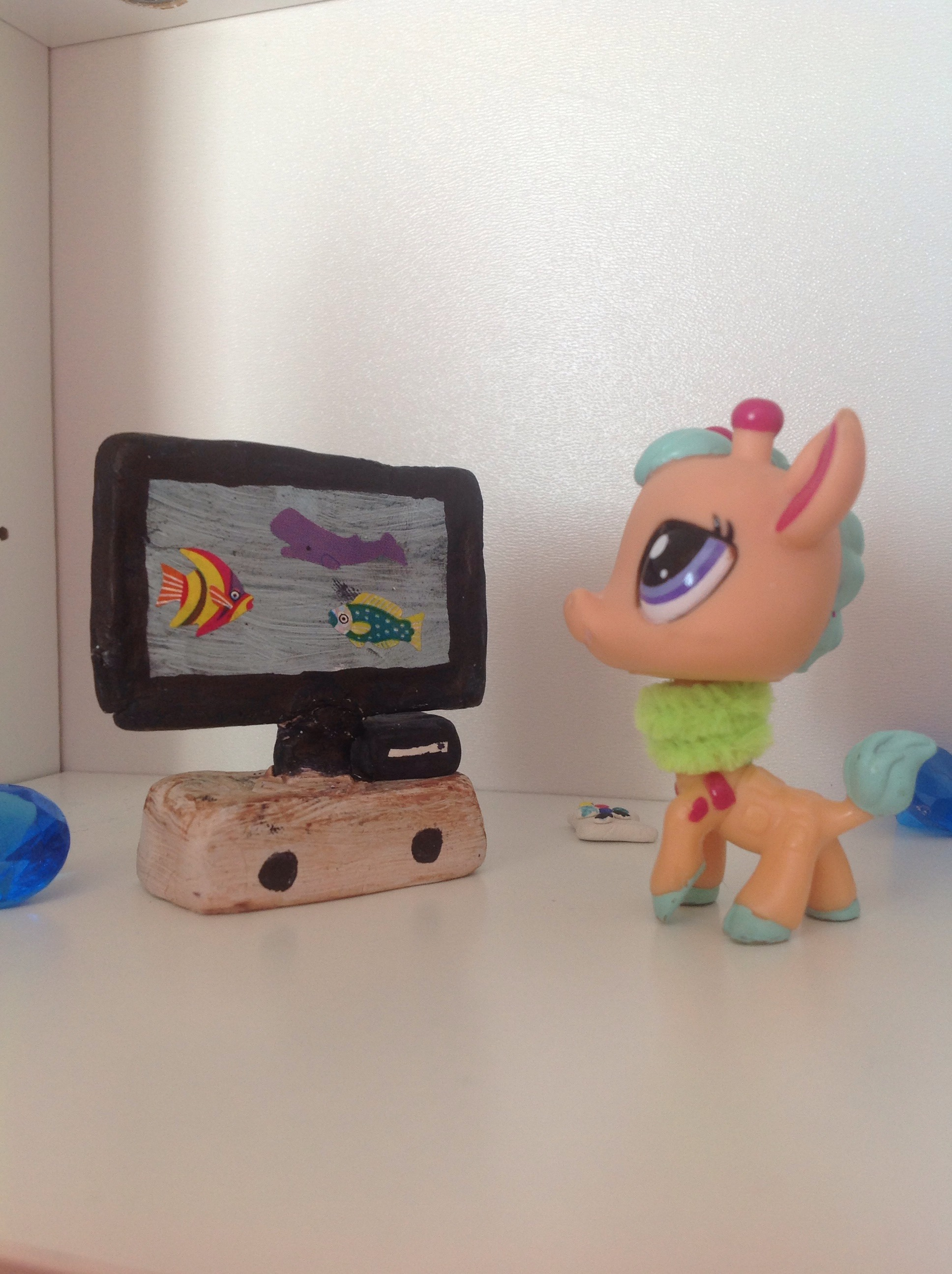 Mini Tv For Small Dolls And Littlest Pet Shops