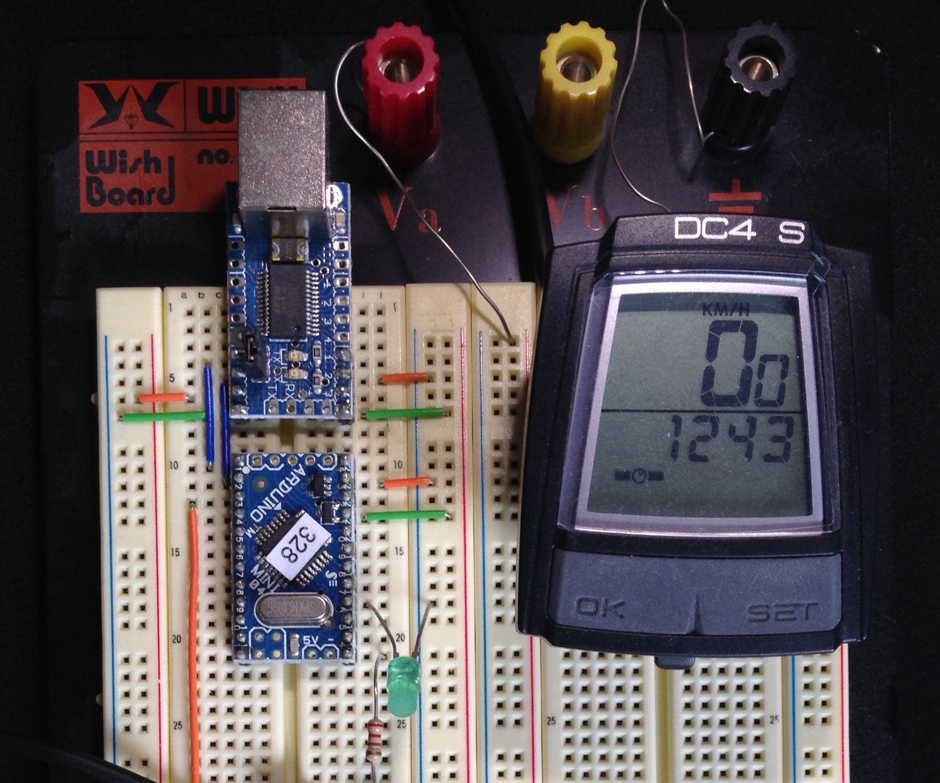 Building a cheap two-digit display for Arduino