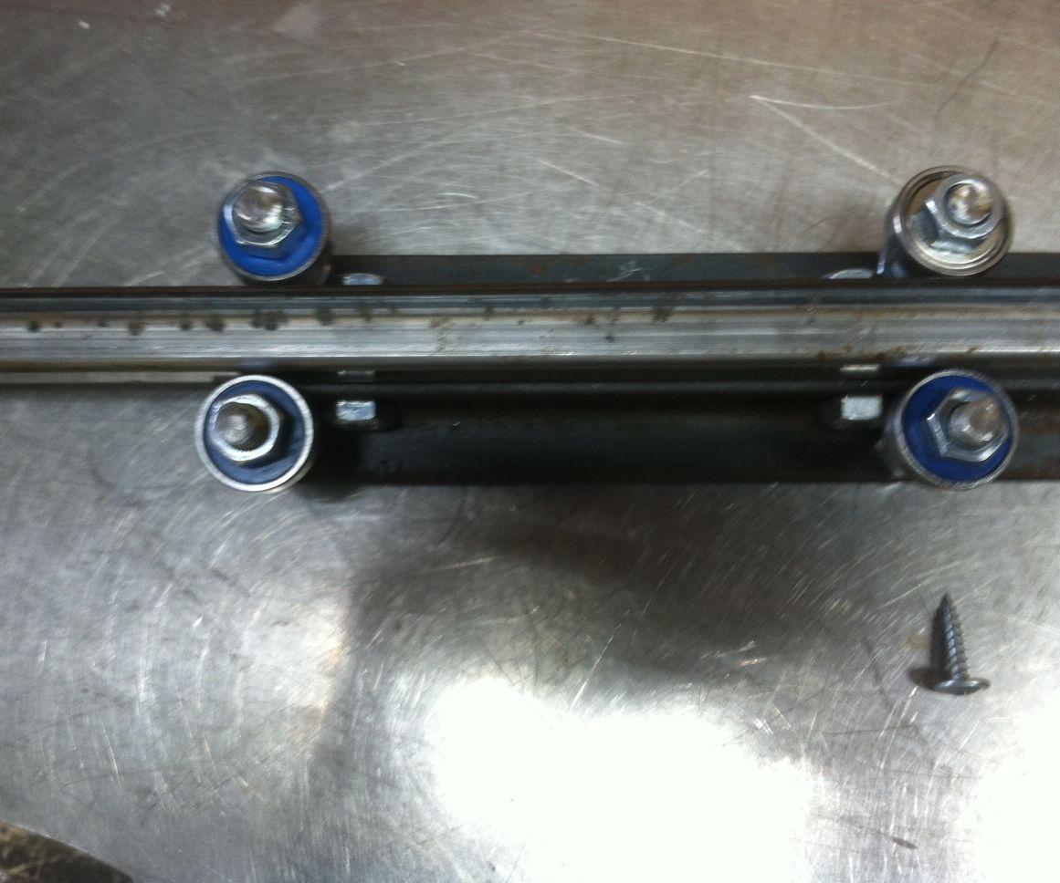 Diy linear slide (using angle iron and bearings)