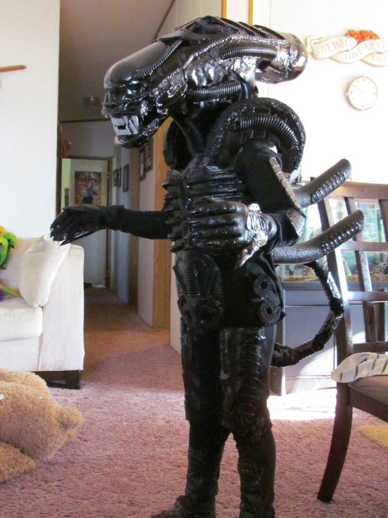 Alien Xenomorph costume