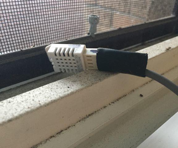 RPI/HomeBridge Temperature/Humidity (DHT22) Sensor