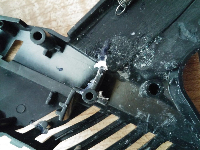 The Skalextrics Gun: Opening and Sanding.