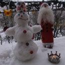 Little Snowman in a small balcony