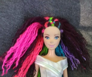 Barbie's Colored Contacts