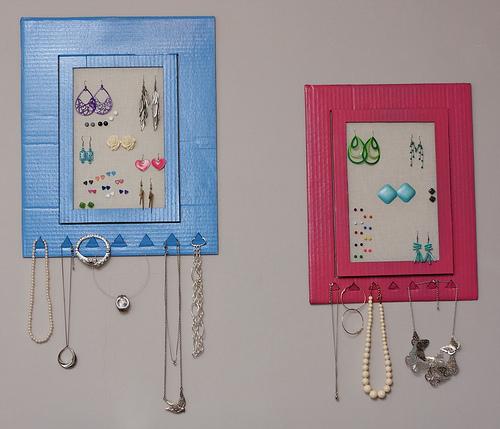 Hanging cardboard jewelry frame!