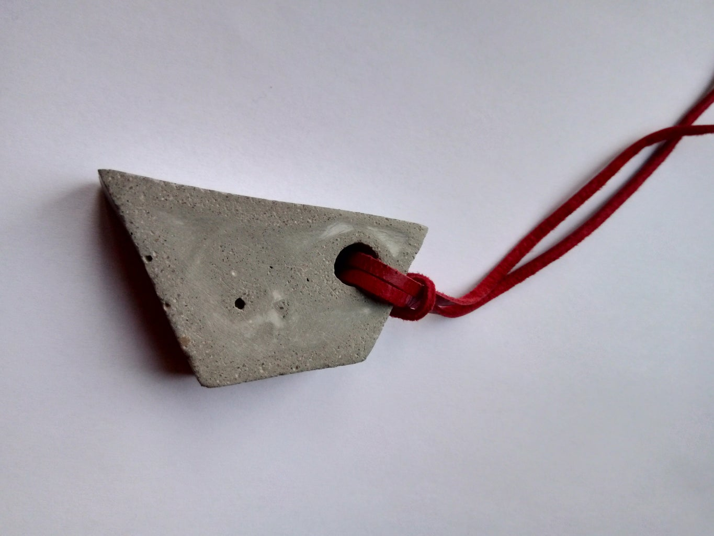 DIY Concrete Necklace