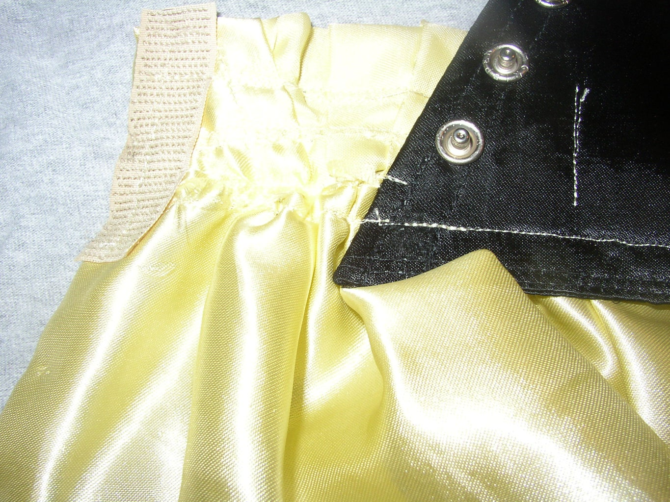 Finishing Dress: Edges and Fasteners!