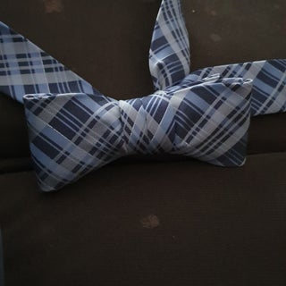 Standard Tie Into a Bow Tie (no Cutting Required)