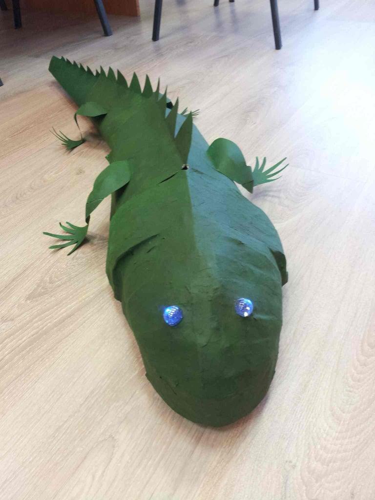 Giant Green Robot-lizard
