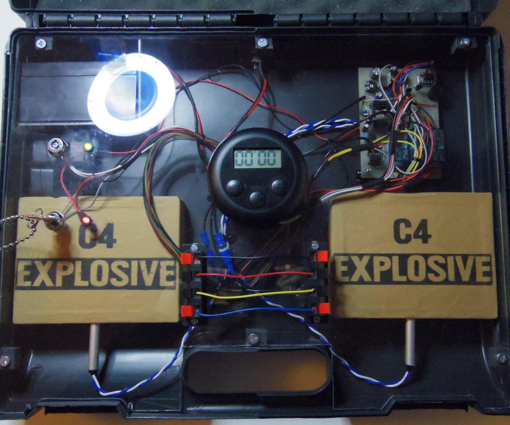 Airsoft Bomb Replica