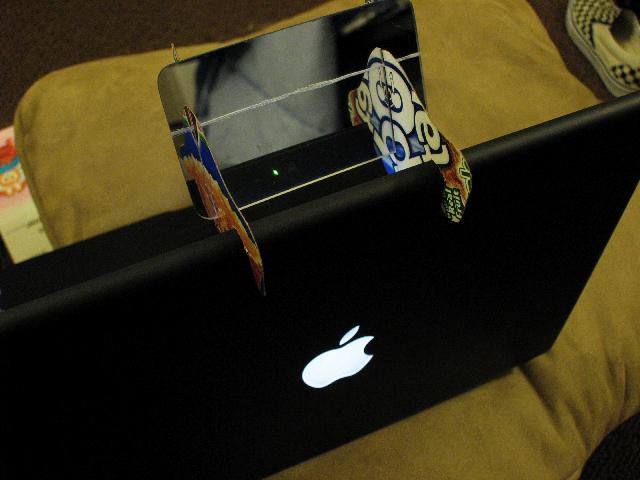 Per-i-Sight: MacBook iSight Periscope