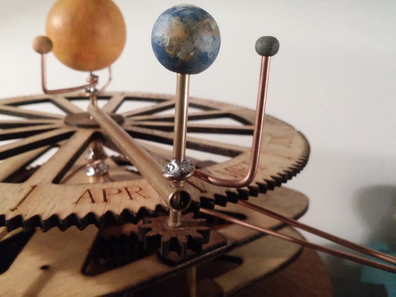 Orrery - a Mechanical Solar System Model, Designed for Laser Cutting