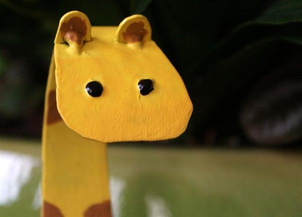 Giraffe Recipe Holder