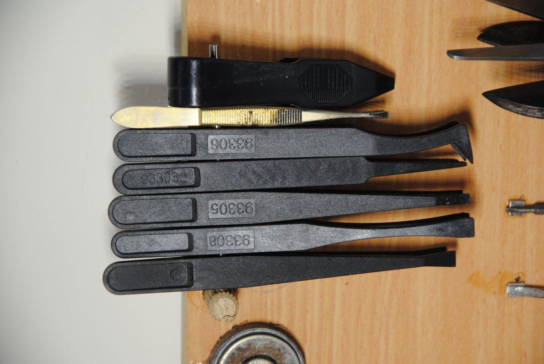 """Floating"" Pliers/Tweezers Rack"