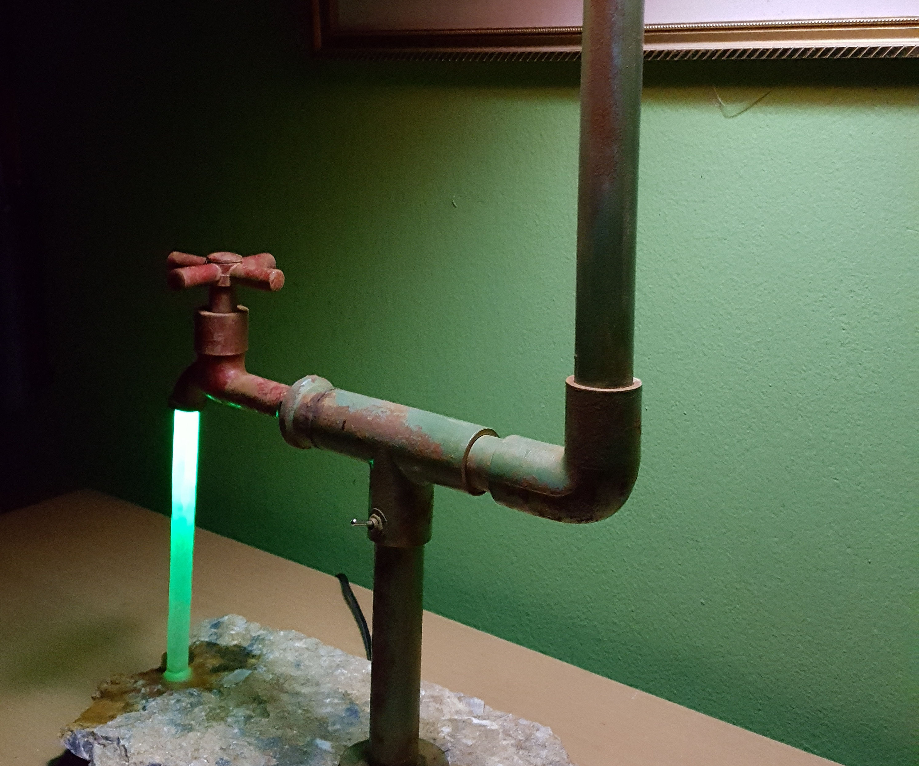 The Faucet Lamp