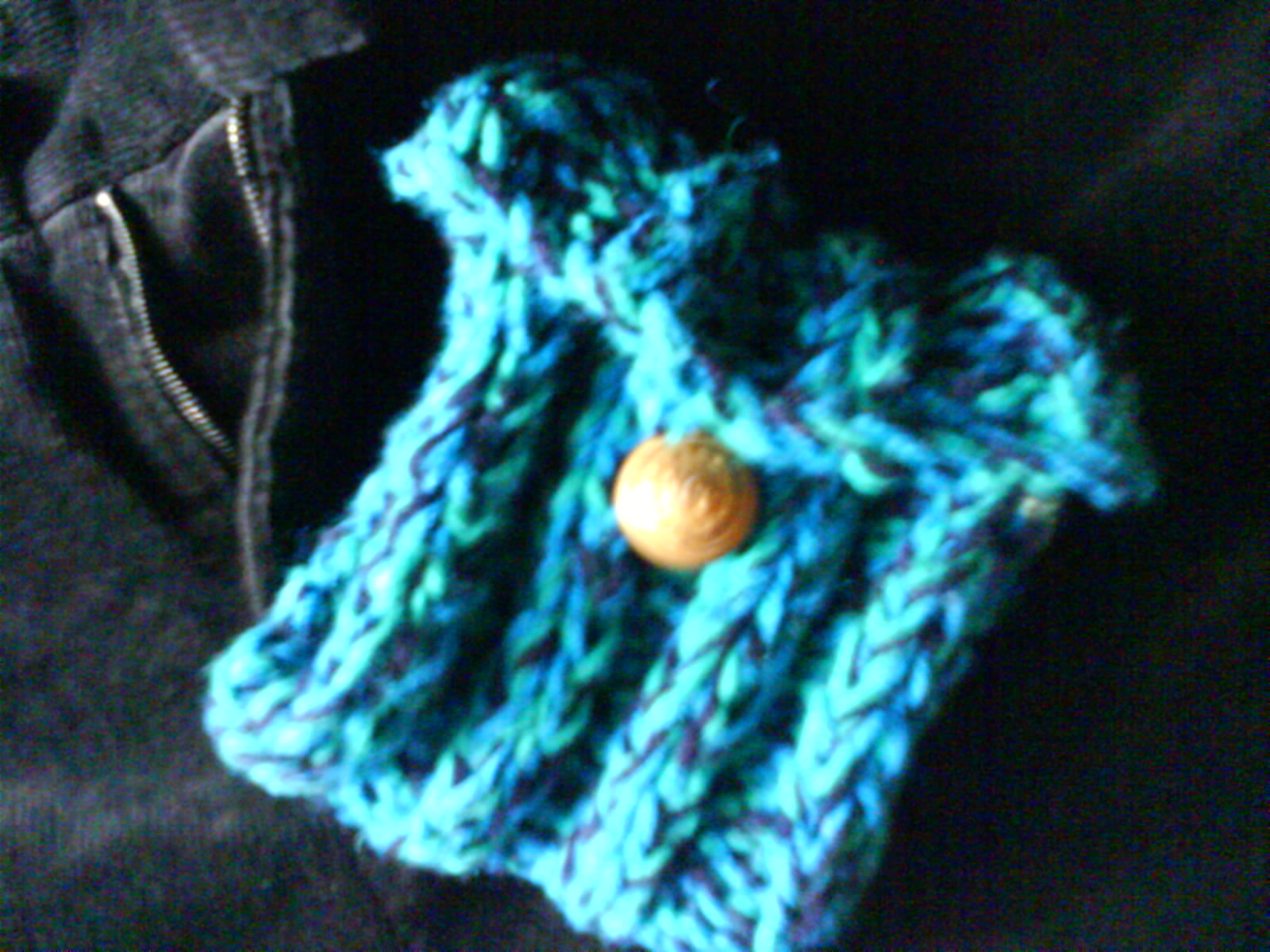 Ocean coloured knitted purse