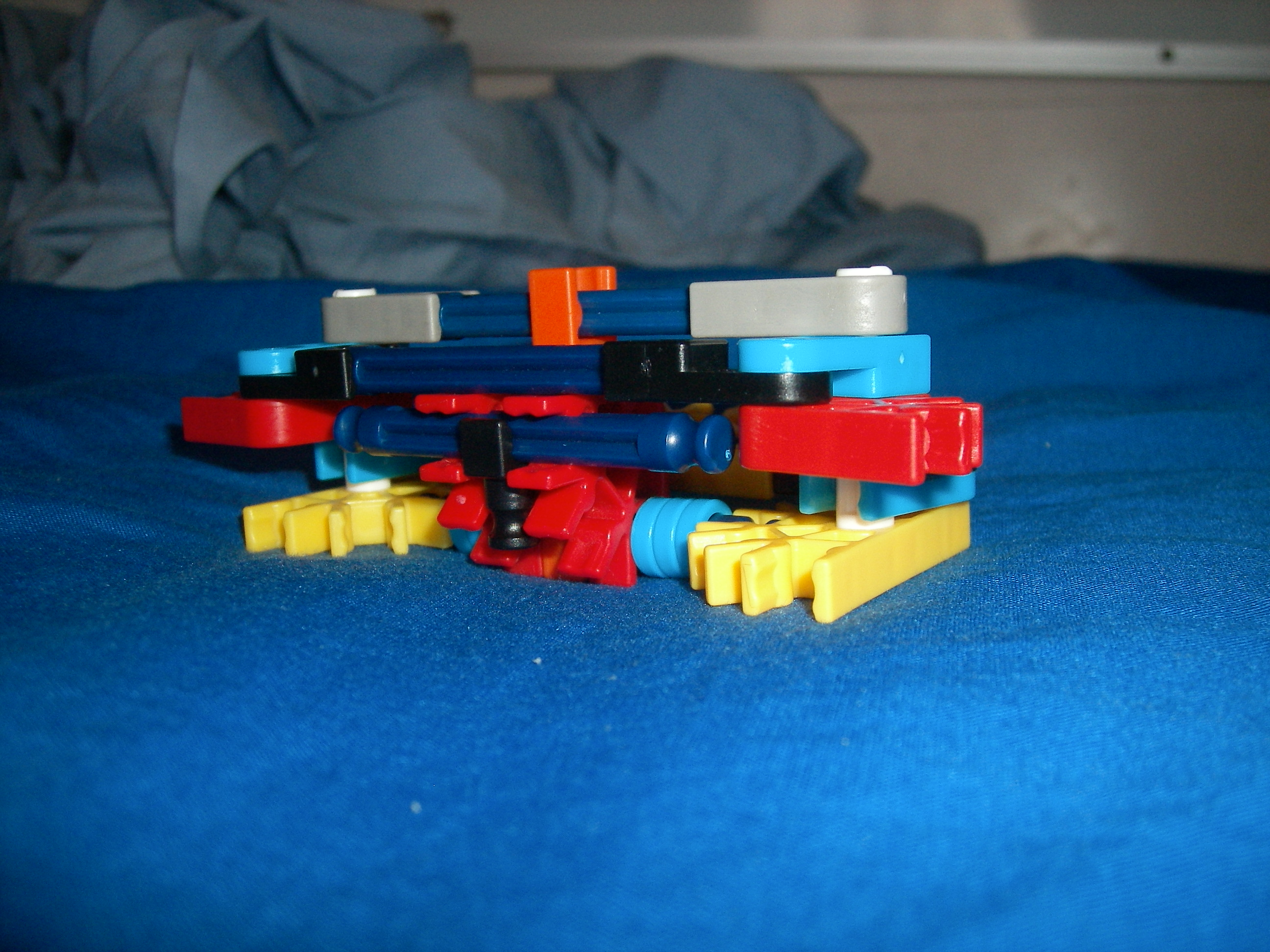 Knex Car Steering mechanism with ajustable steering ratio