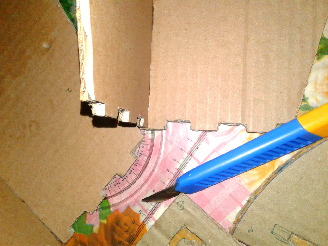 Making the Top and Base Locking Mechanism